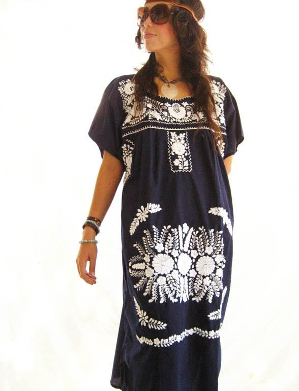 Mexican embroidered dress Deep Moon