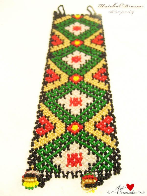 Campos de Amor - authentic huichol bracelet