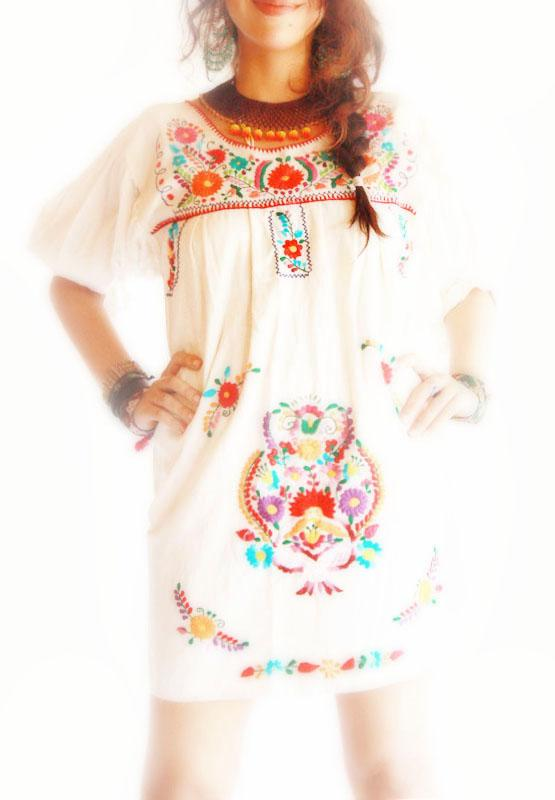 Azteca Mexico embroidered mini dress 3/4 sleeves