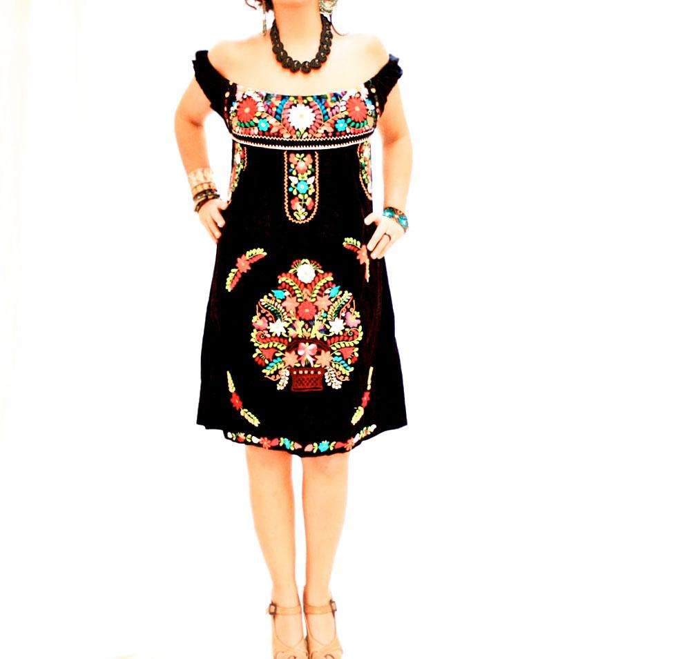 De Noche Mexican Hand Embroidered Off Shoulder Tunic Dress