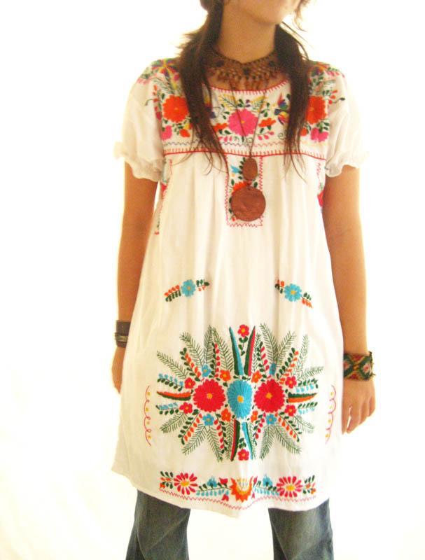 Joy Mexico dress blossom sleeve