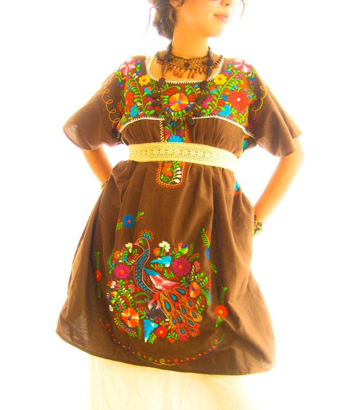 El Chocolate Mexico deep embroidered mini tunic dress