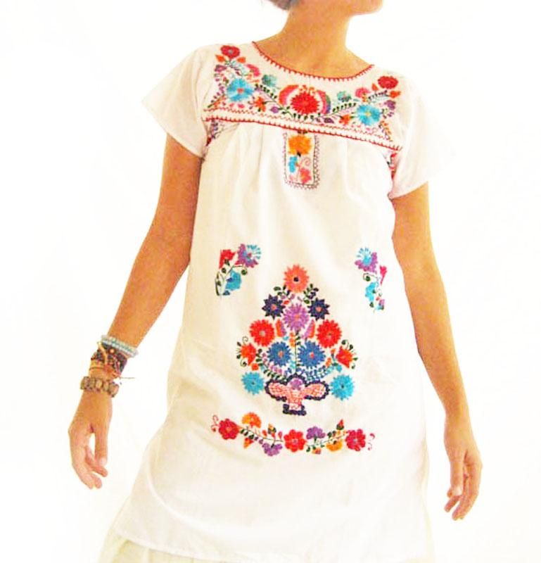 Little white embroidered Mexican Dress tunic