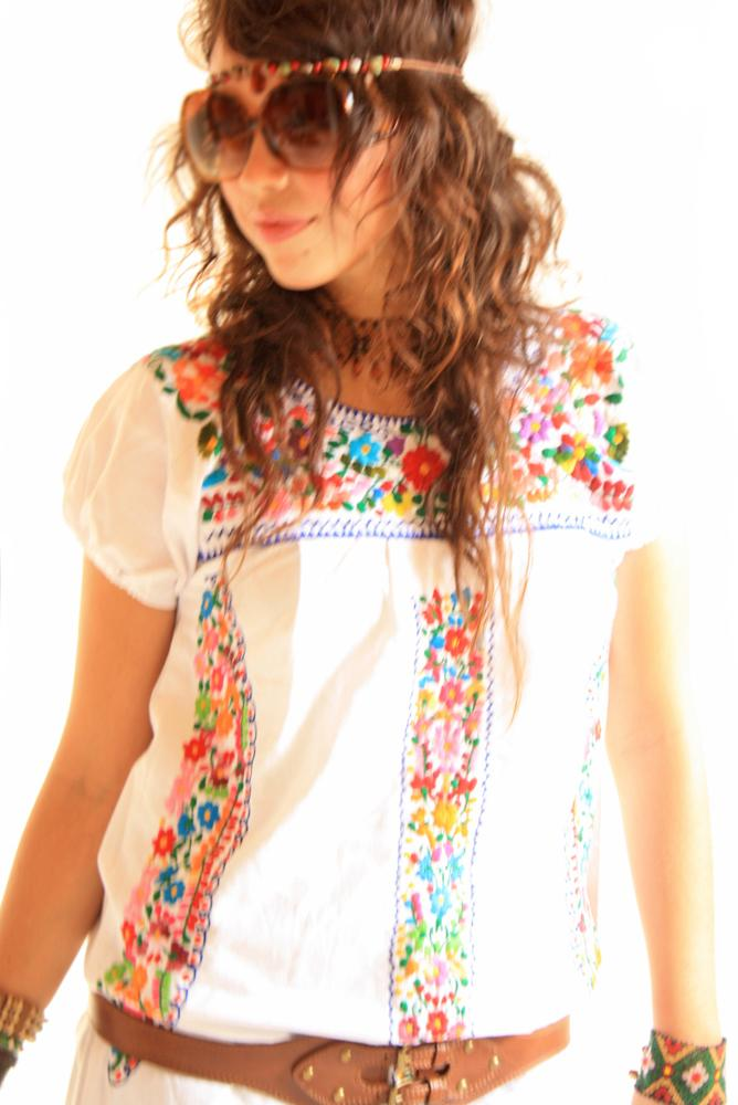 San Antonino Peace lover 60's Mexican embroidered dress