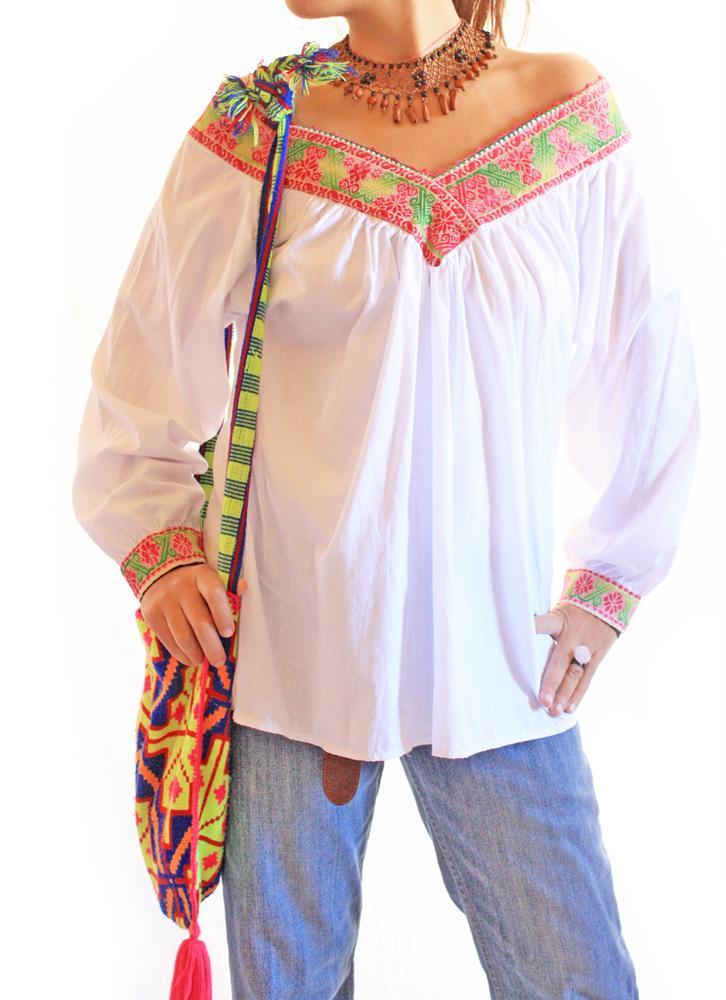 Peyotitos Rosa vintage Mexican blouse