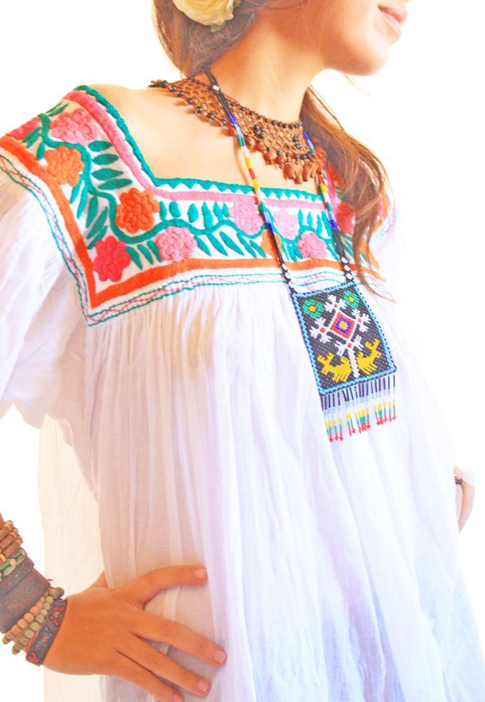 Colores peasant vintage Mexican tunic top