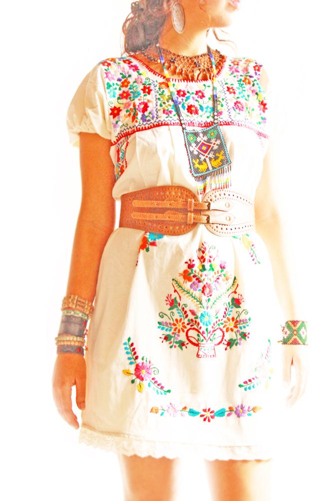El Jardin vintage Mexican embroidery & lace romantic floral dress