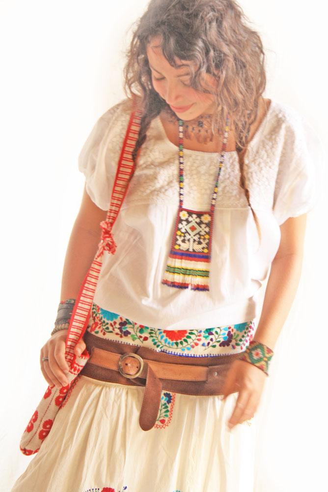 Peace White vintage Mexican embroidered blouse