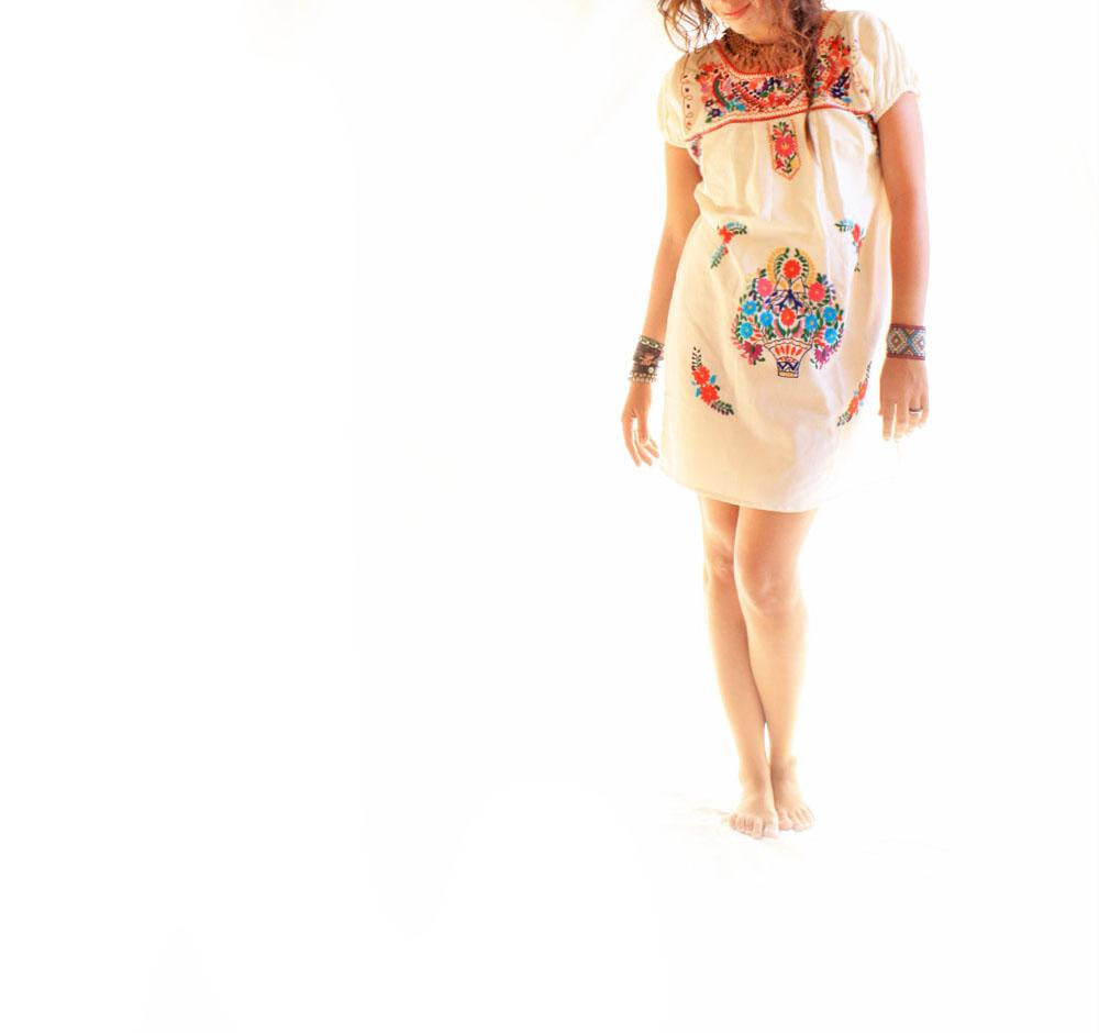 Feliz Mexican mini embroidered dress