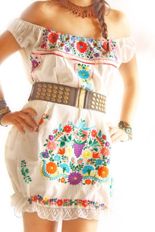 Pajaritos y flores Mexican embroidered dress off shoulder bubble convertible