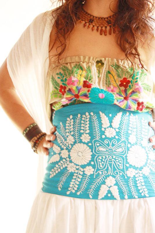 The Blue Butterfly Romantic Mexico vintage crochet laces corset belt