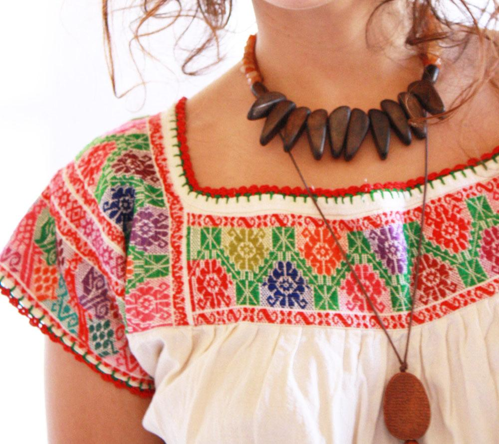 Florecitas intricate fine embroidery manta vintage Mexican blouse