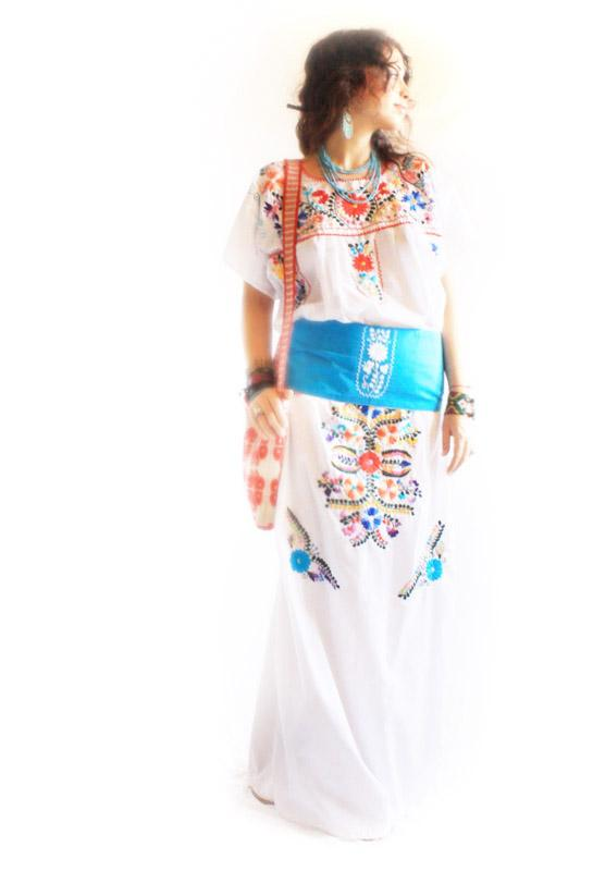 White Peace vintage Mexican embroidered Maxi dress