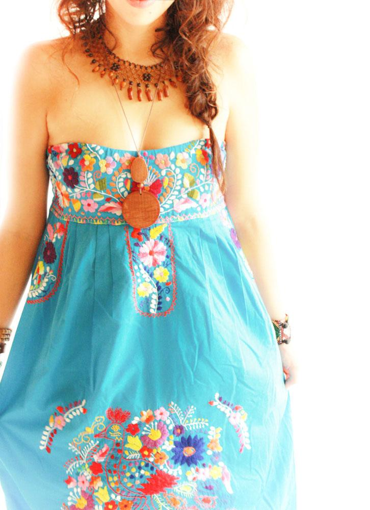 Mexican dress El Mar strapless hand embroidered