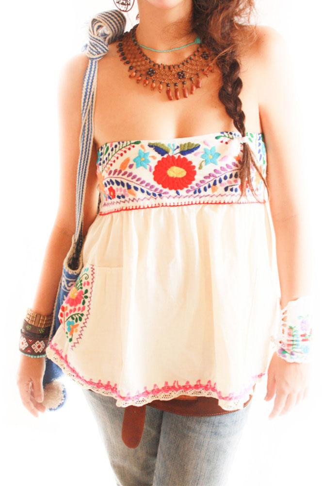 Ahuic Mexican embroidered blouse~mini skirt