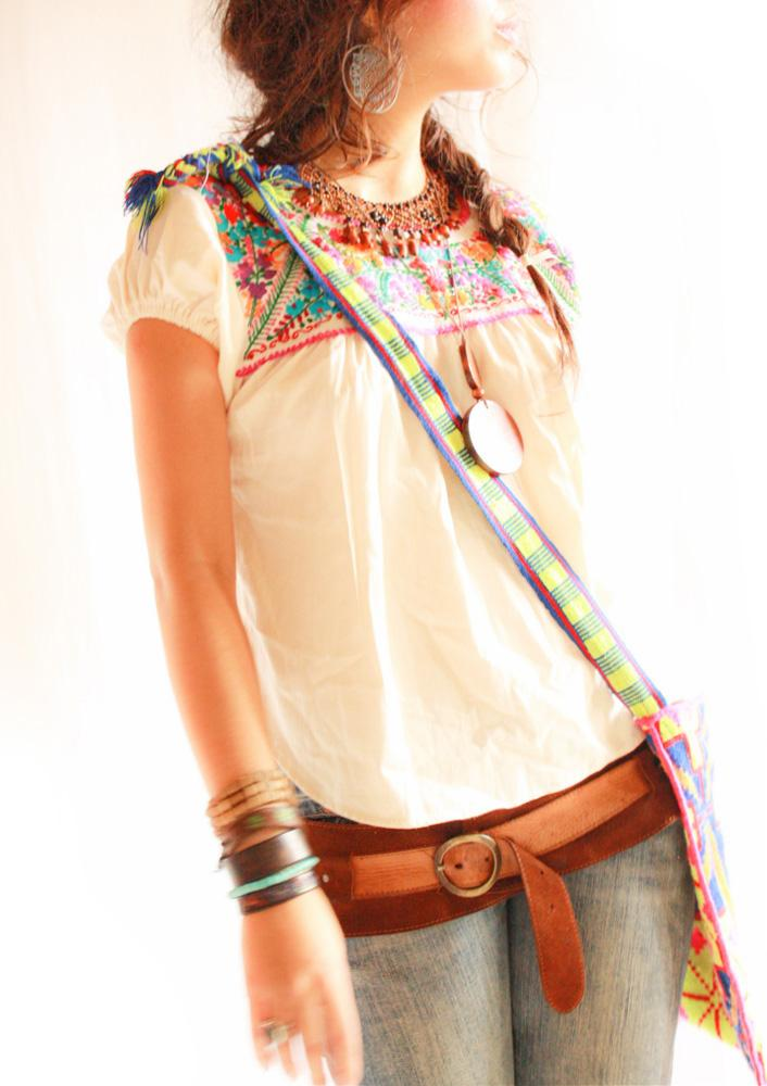 Flor Mexican boho embroidered blouse