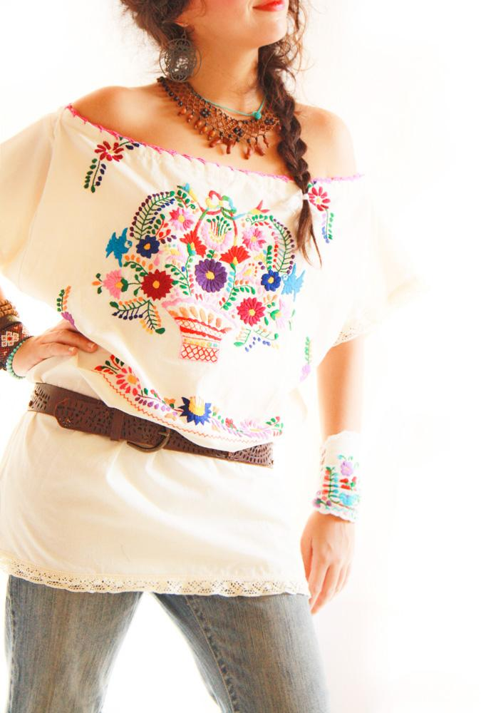 Chavela scoop neck Mexican embroidered tunic