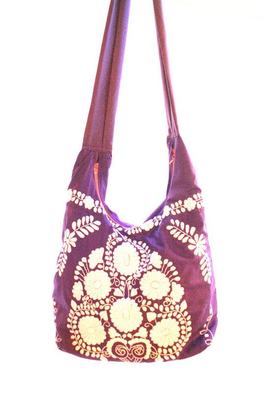 Pais de las Maravillas Mexican embroidered boho bag